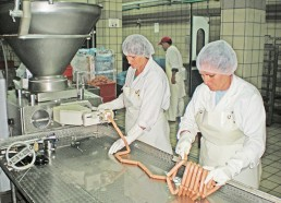 Gjatë punës në fabrikë